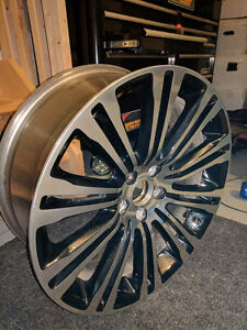"Nearly new factory 20"" 300s wheels Kingston Kingston Area image 2"