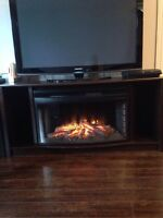Tv stand with fireplace / table de tv avec foyer