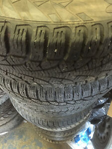 195/65/15'' PIRRELI WINTER CARVING  5/114.3 RIMS X4