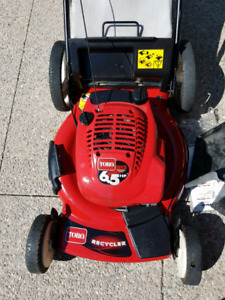 Toro lawnnower 6.5hp 22 inch high wheel GTS