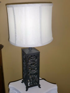 Home decor - Cast iron table top lamp