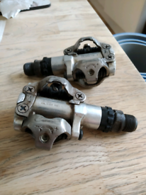 Shimano PD-M520 mountain bike SPD clipless pedals