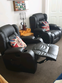 Full Recliner, heated, massage lazy boy chairs for sale