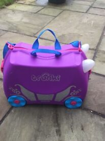 Princess carriage Trunki