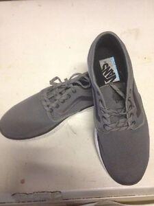 Brand new men's VANS shoes 30$ West Island Greater Montréal image 4