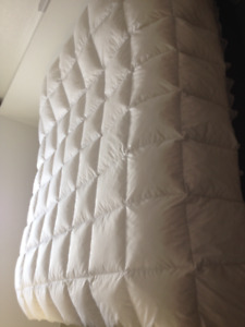 New goose down feather quilt