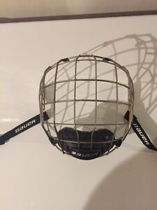 Mens full cage BAUER size M