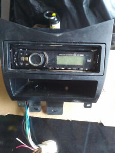2003 to 2007 Honda Accord stereo with usb and Aux for $60.00