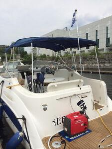 Vedette, bateau à moteur