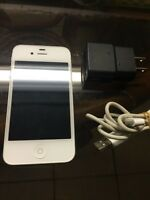Excellent Condition iPhone 4S Rogers & Fido