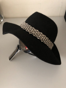 Juicy Couture wool hat.