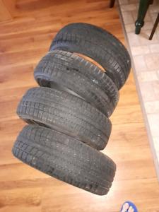 Toyota Observe mictobit tires.  9024439500