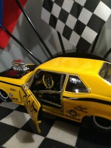 Diecast auto de collection 1/24 Nova drag Excellente condition