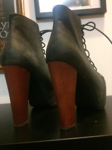 Authentic Jeffrey Campbell Lita Black Ankle Boot Size 8