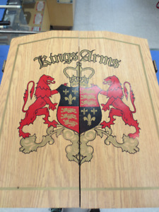 Kings Arms dart board cabinet & Nodor dart board