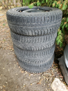 Michelin x-ice 215/65R16 on steel 5x100