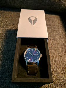 Nixon Sentry Brand New Men's Watch in Box with Tags