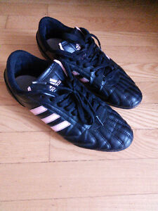 Like new Adidas soccer shoes, size 6.5