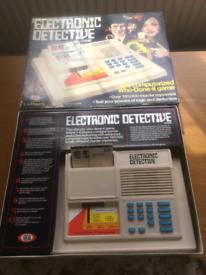 Vintage electronic detective