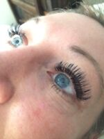 Classic and volume lashes extensions