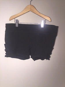 Urban planet black shorts