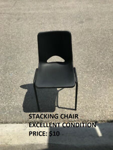 Kids Stacking Chair, Great Condition, Cheap Price!