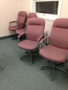 8 identical office chairs - SUPER COMFY! Kitchener / Waterloo Kitchener Area image 1