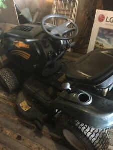 Small Engine and Automotive Repair Lawnmower , Chainsaw etc.