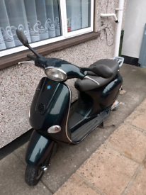 Vespa 125 ET4 2001 green (project )