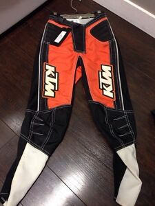 Brand new KTM kids race pant szS