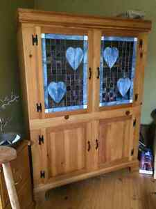 Solid pine Hutch