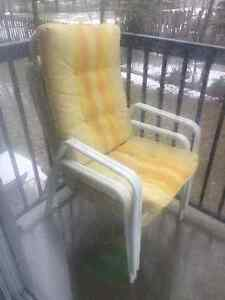 2 Free patio chairs