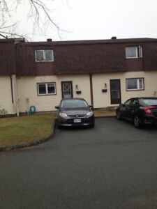 Open house today Sun 2:30-4 PM, Updated townhouse with 3 Bedroom