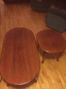 Coffee table and 2 matching end Tables