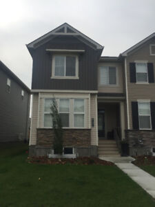 3 Bedroom End Unit town home near K9 school/Daycare