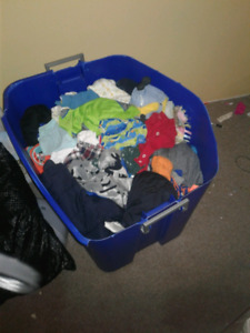 big tote of 2t up to 4t of boys clothes