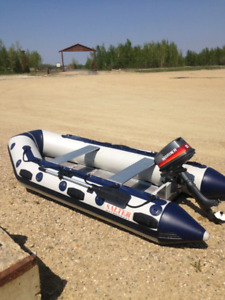 Salter boat with 2 motors