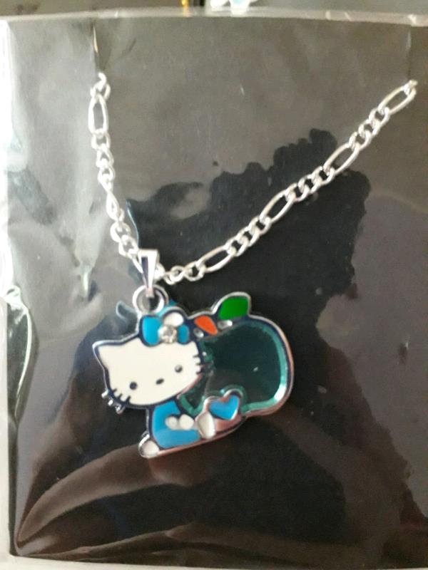 42fde7f9a8 Hello kitty necklace 3