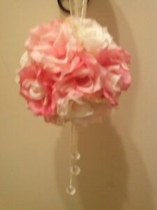 FOR SALE MULTI-PINK ROSE BALLS, ROSE WREATH & GOLD TABLE RUNNERS
