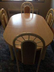 Dining Table and Chairs Windsor Region Ontario image 1