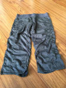 Lululemon casual pants size 12