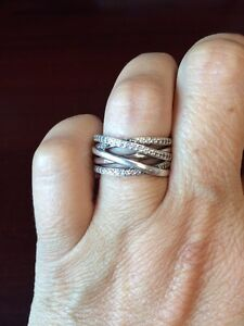 Pandora Entwined ring size 8