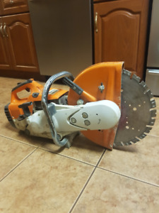 "14"" STIHL TS400 Concrete Saw"
