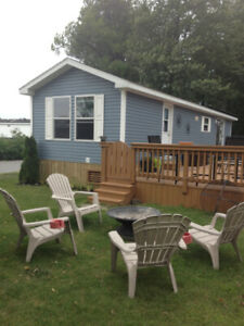 Sherkston Wyldewood Beach Cottage - Walk to the Beach!