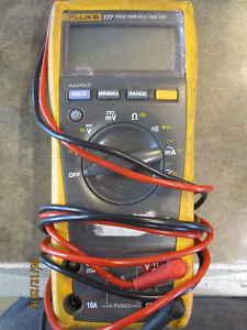 Fluke 177 True RMS Multimeter For Sale