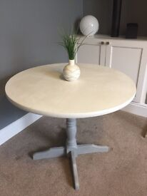 Beautiful Annie Sloan Grey and White Dining table