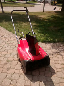 Snow thrower for sale, Honda HS35 Kitchener / Waterloo Kitchener Area image 1