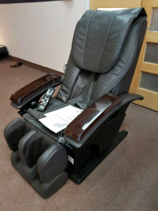 "Fauteuil de massage Shiatsu ""Real Pro"" Panasonic  ***2 500.$***"