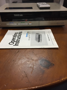 Vintage Panasonic PV-1334 VHS VCR , for parts, with remote
