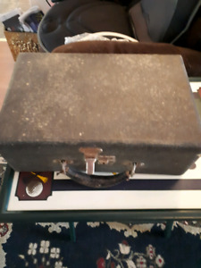 Antique fine woodworking/craftsman tool case